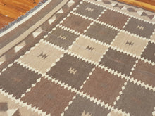 Load image into Gallery viewer, Hand knotted wool Rug 7189 size 278 x 192 cm Afghanistan