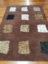 Load image into Gallery viewer, 100% wool rug Dynamic Brown size 160 x 230 cm
