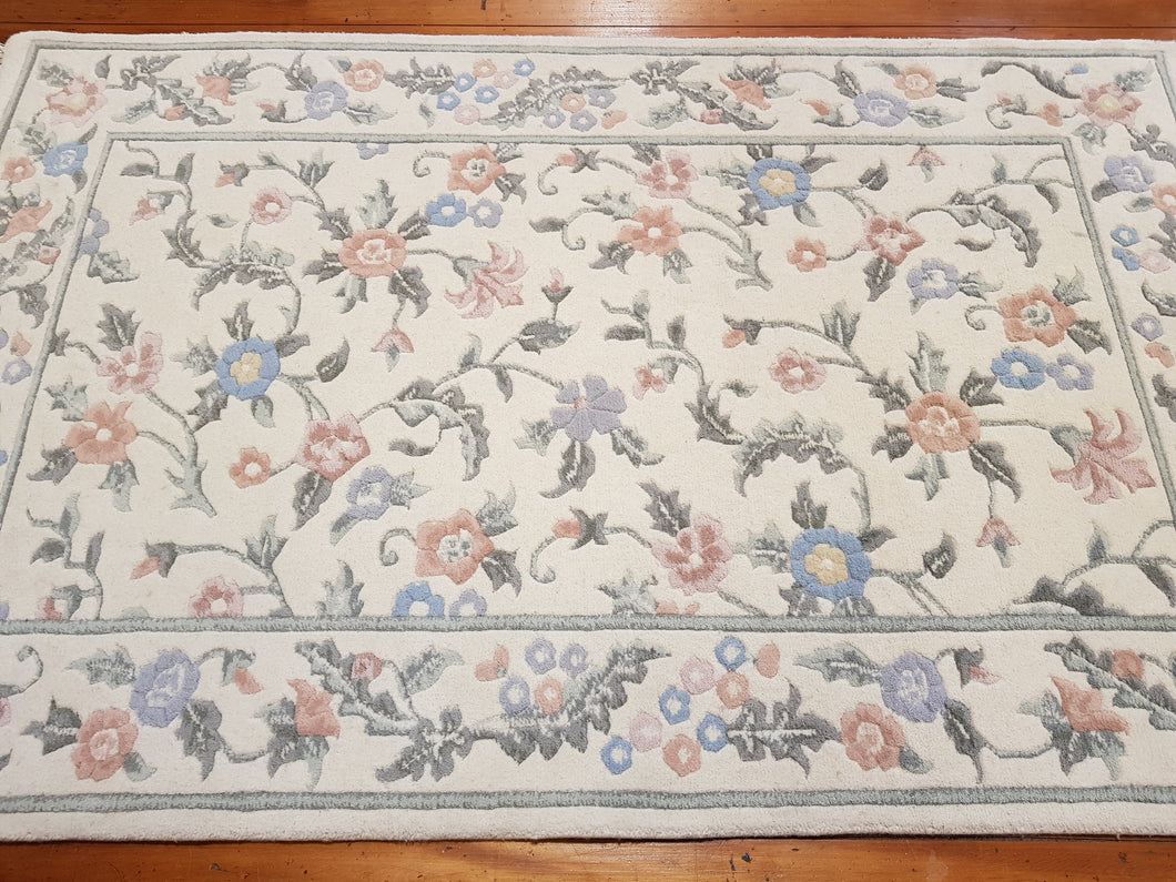 Hand knotted wool Rug 11749 size 157 x 247 cm