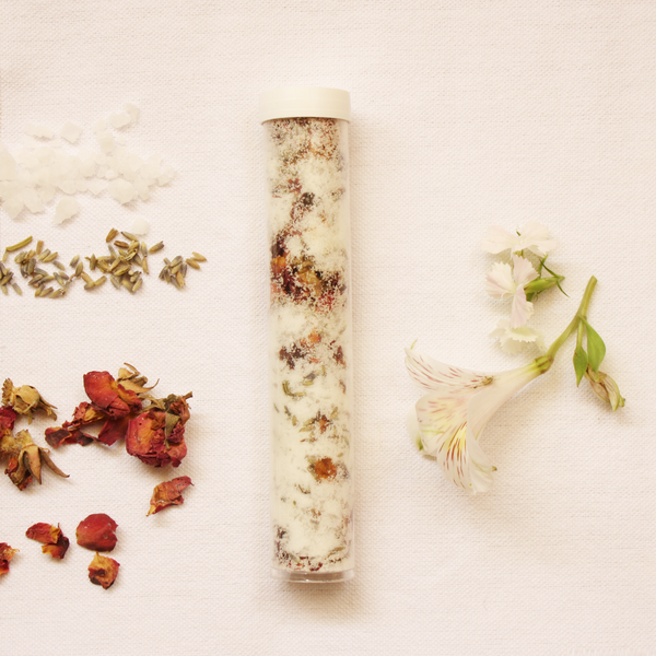 Gardenia & Rose Bath Salt Soak