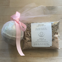 Bath Bomb and Salt Soak Set