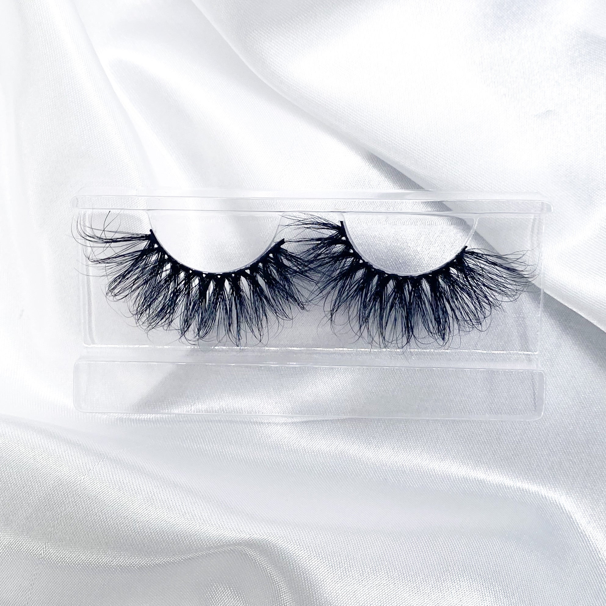 """DIVA"" 25MM Mink Lashes"