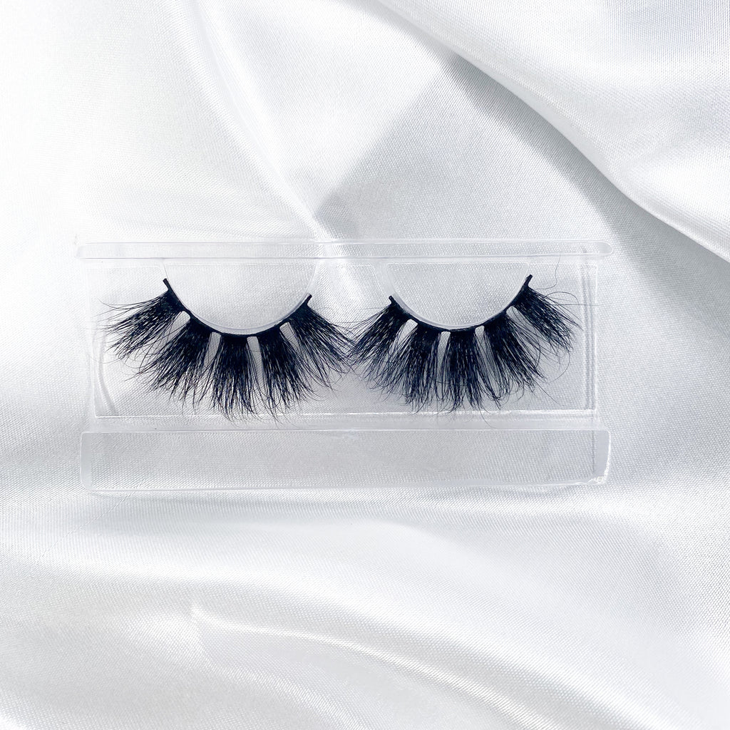 """BOSSY"" 25MM Lashes"