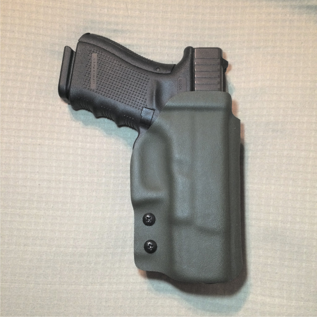 OWB two tone holster in FDE and OD green
