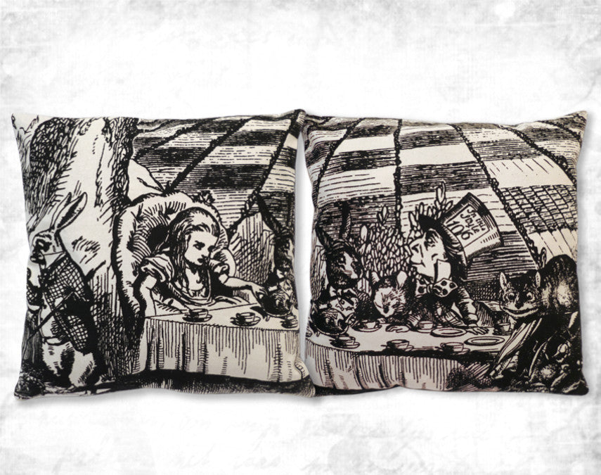 Alice Mad Tea party Cushion cover SET