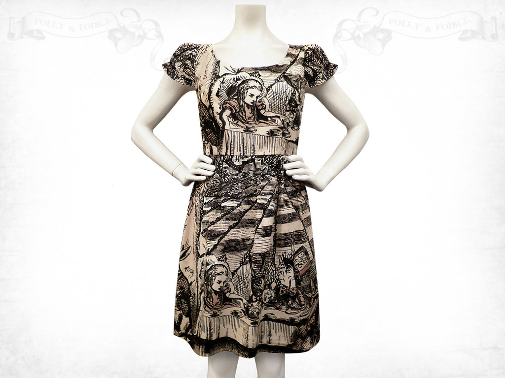 Alice in Wonderland Mad Tea Party Tea-stained cotton dress- Puff sleeve