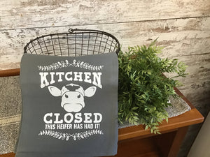 Kitchen Closed Towel