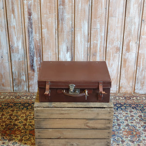 Case 9: Small Suitcase