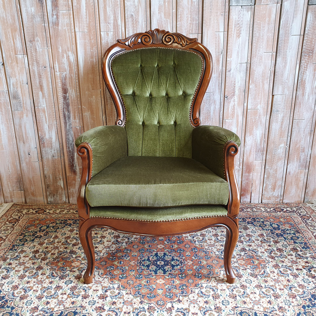 OLIVE: Green Vintage Armchair