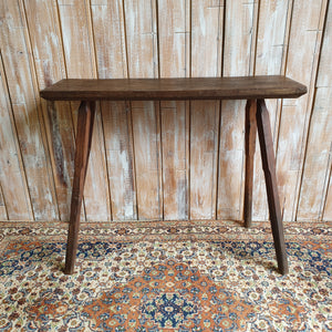Wooden Small Pin Legged Table