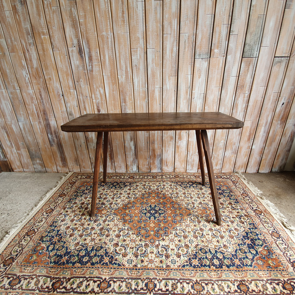 Wooden Large Pin Legged Table