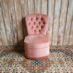 PAT: Pink Vintage Chair