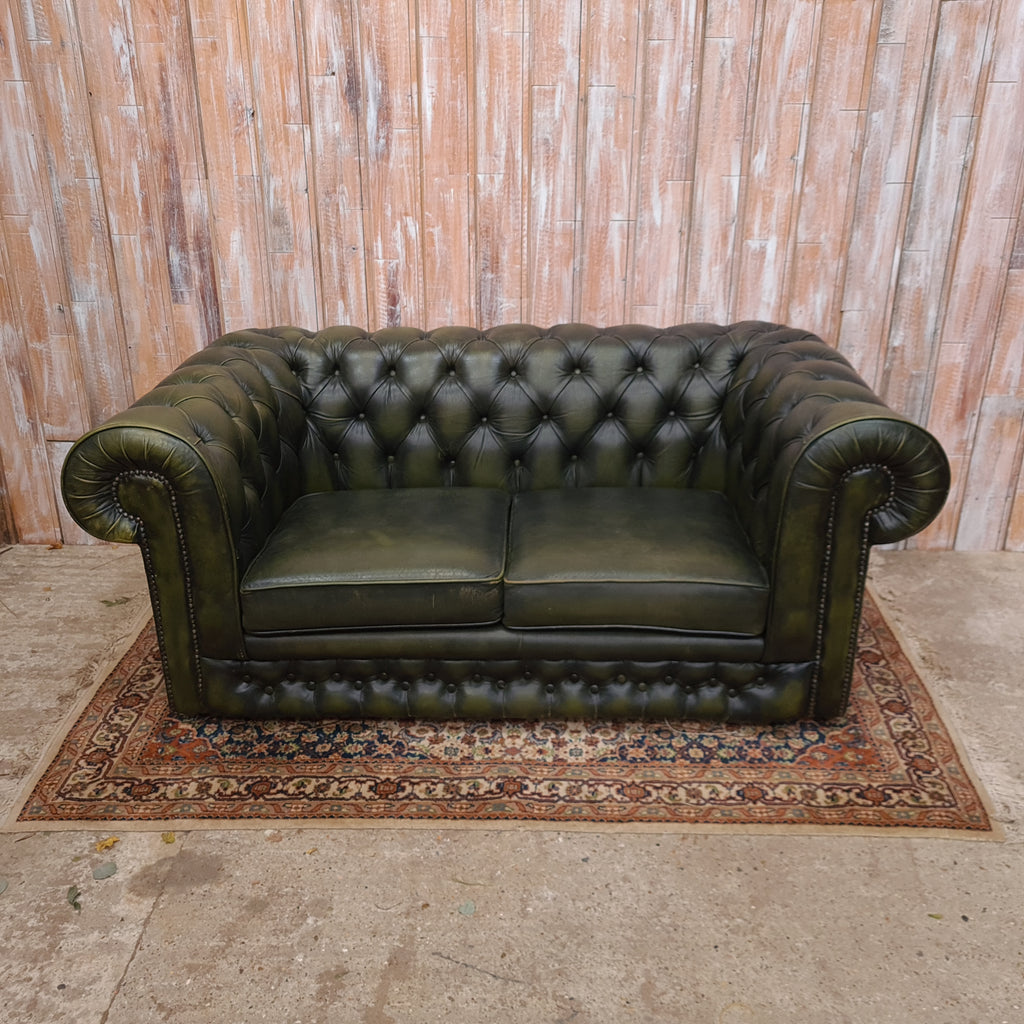 ALBERT: Green Chesterfield Sofa