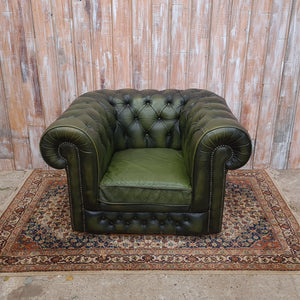 ARTHUR: Green Chesterfield Armchair