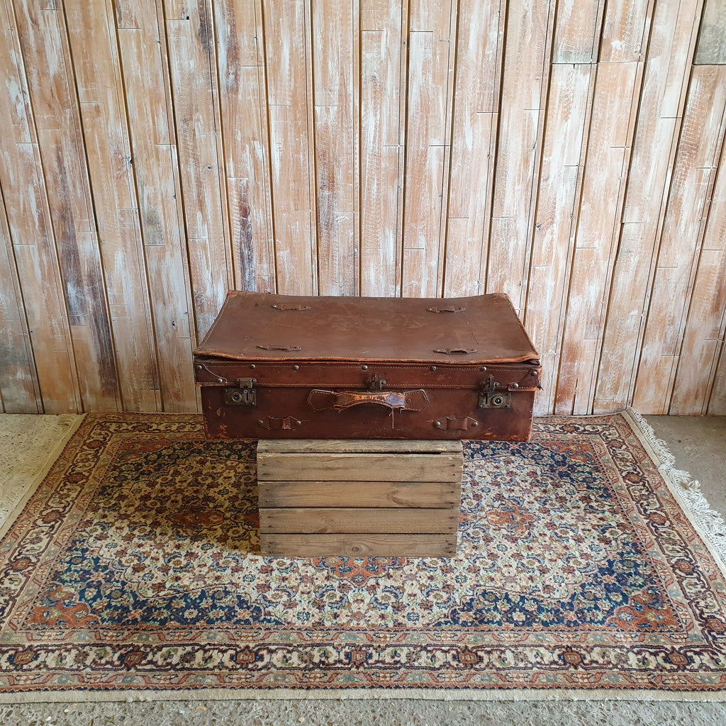 Case 5: Brown Suitcase