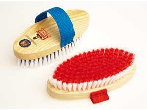 Equerry Wooden Body Brush Medium