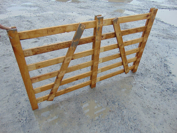 Wooden Sheep Hurdle 1.5m