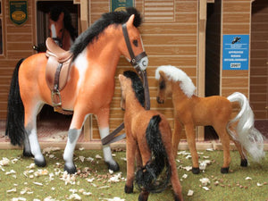 Brushwood Horse & Foal Set BT1060