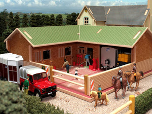 Brushwood Stable Yard BT8300