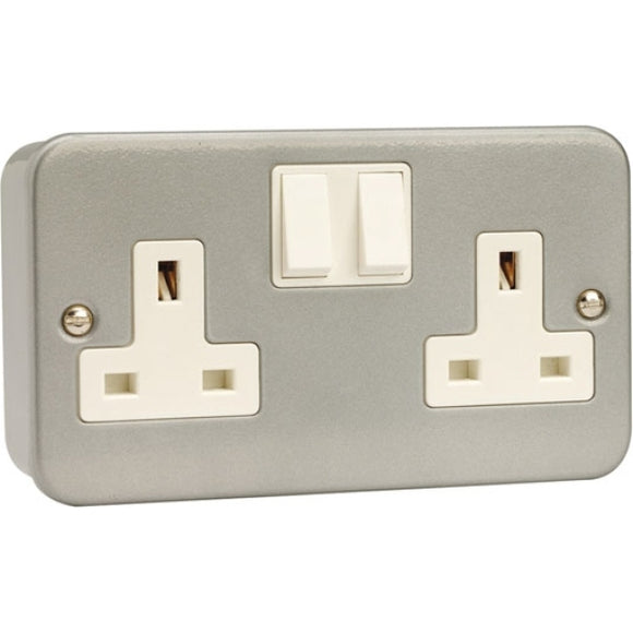 Scolmore 13A 2G DP Metal Clad Switched Socket Outlet