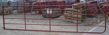 Tubular Field Gate with Gate Eyes Red 14' & 6 Rails