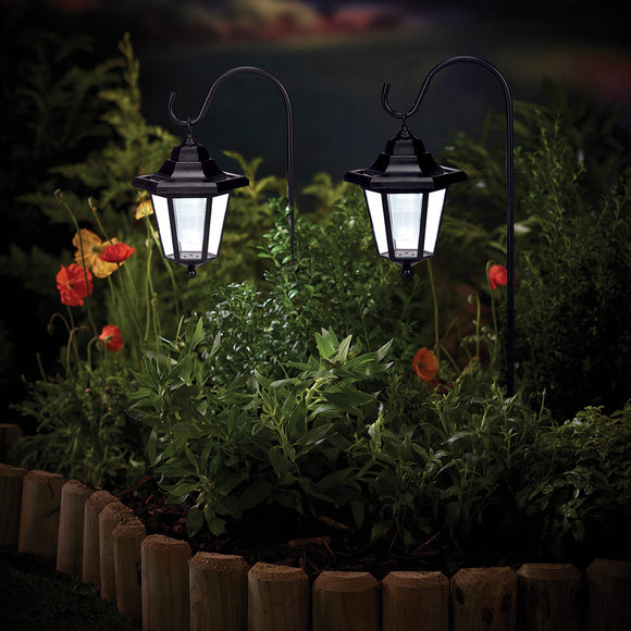 Cole & Bright Solar Coach Light with Shepherd's Hook x2