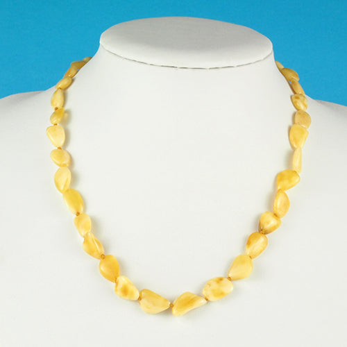 Attractive And Unique Flat Bean Natural White Amber Necklace