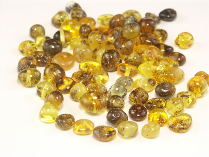 Baroque Medium Green Shaded Beads With Organic Inclusions