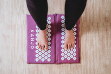 Load image into Gallery viewer, Kanjo Acupressure Zip-Apart Mat - Amethyst