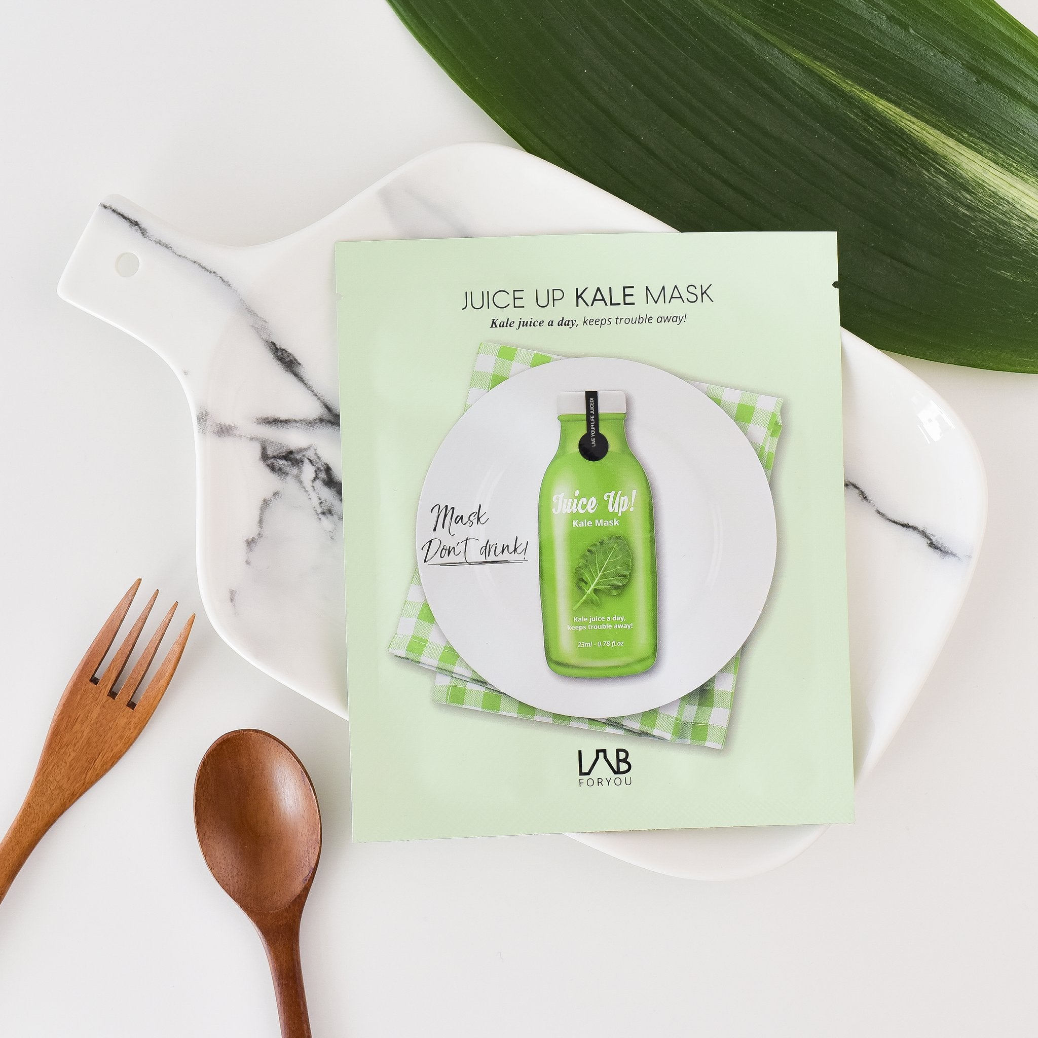 kale extract infused facial sheet mask gives nutrients to the skin