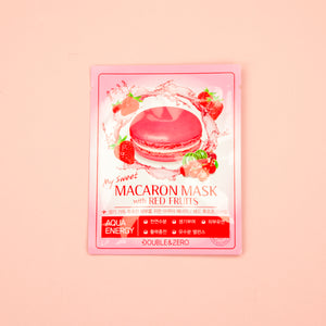 red berries infused facial sheet mask to soothe flare ups on skin