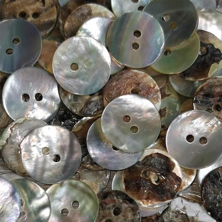 "100 stuks - 2 Gaten Shell Button 15mm (24 "") - (KS2 536 24"") Akoya"