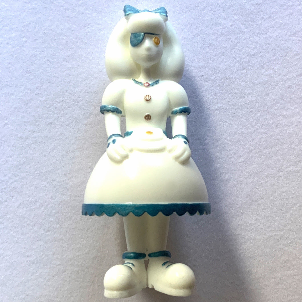 Mary Button<br><i><sup>White Edition Ltd. 30</i></sup>