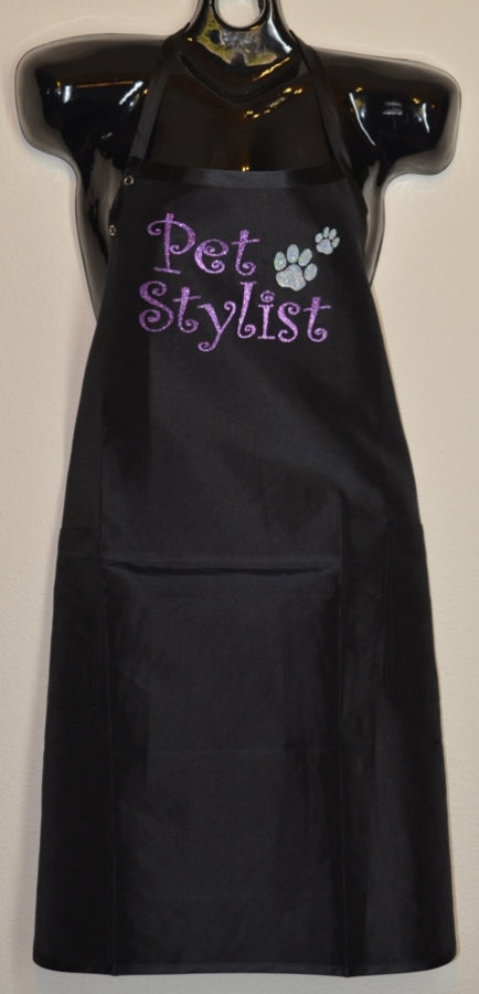PET STYLIST WITH PAWS APRON