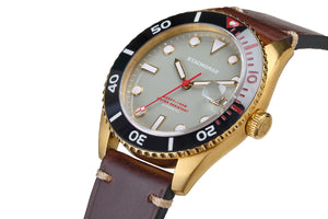 Ceramic bezel dive watch