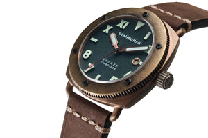 Bronze diving watch green dial