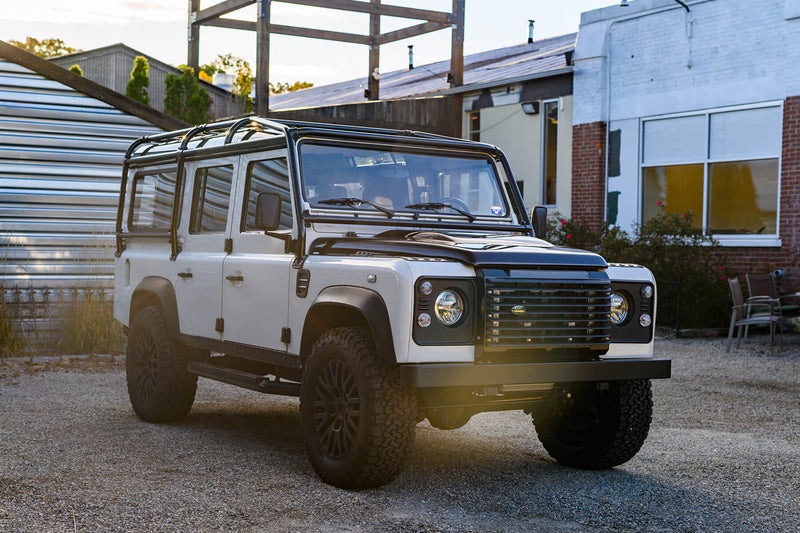 Land Rover Defender 110 (1987)