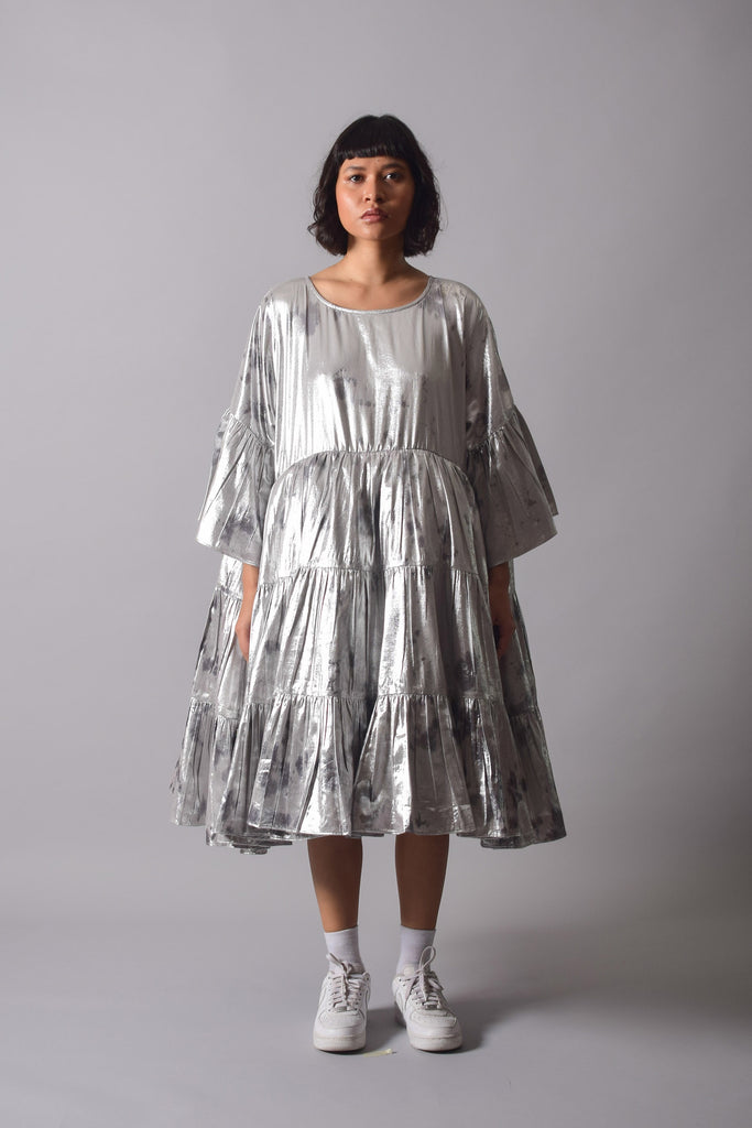 SHIMMA TIER DRESS - [MOON]