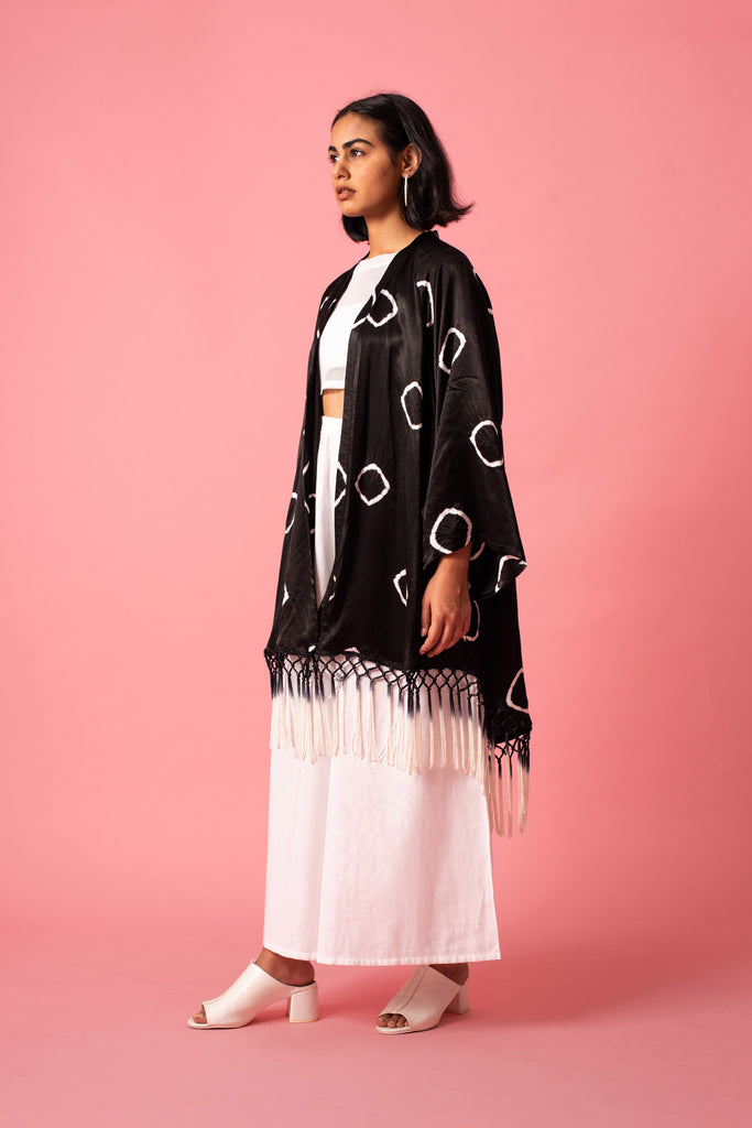 RING FRINGE ROBE