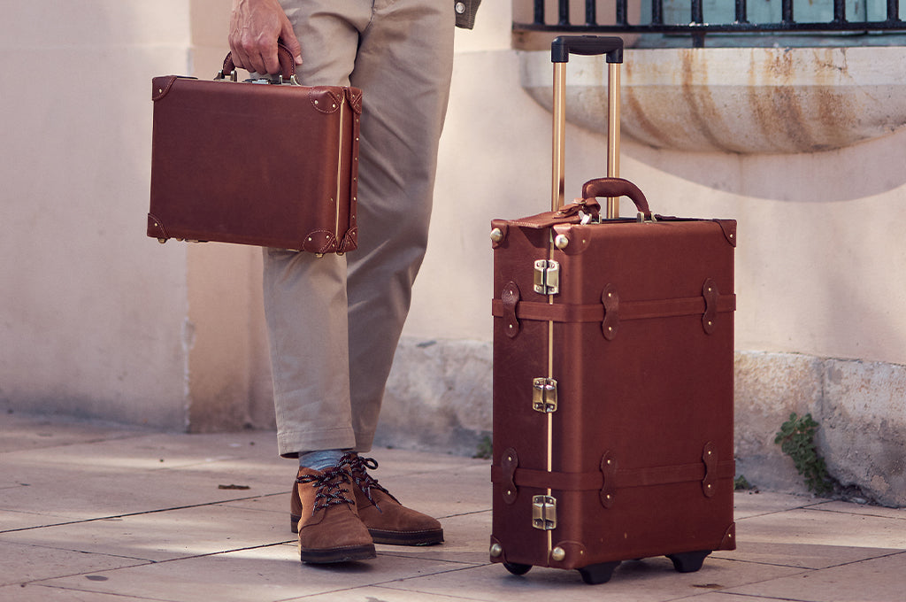 The SteamLine Luggage all-leather Pioneer
