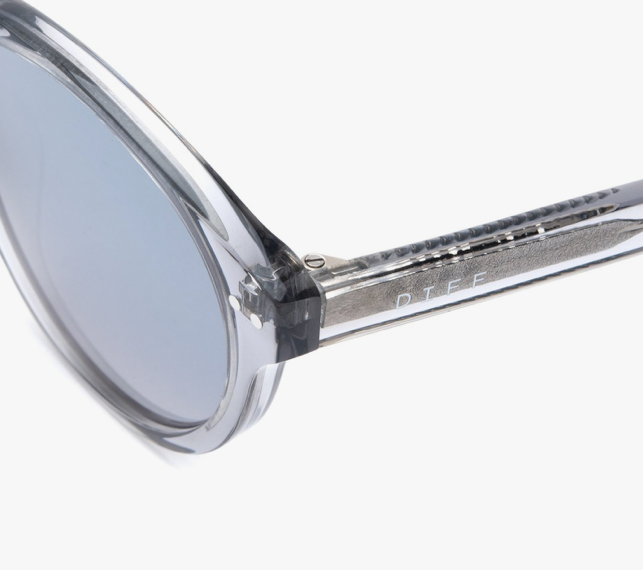 Load image into Gallery viewer, Diff Cody Sunglasses - 'Smoke Crystal Grey Mirror'