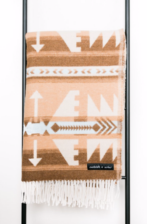 Load image into Gallery viewer, Sackcloth & Ashes Blanket - 'Arrow Beige'