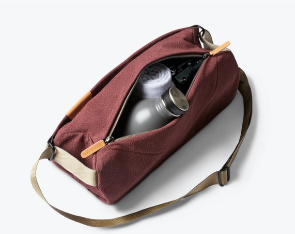 Load image into Gallery viewer, Bellroy Sling - 'Red Earth'