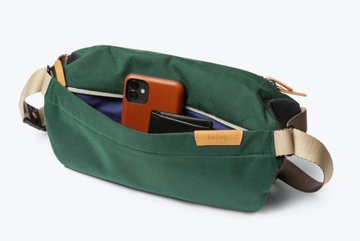 Load image into Gallery viewer, Bellroy Sling - 'Forest'