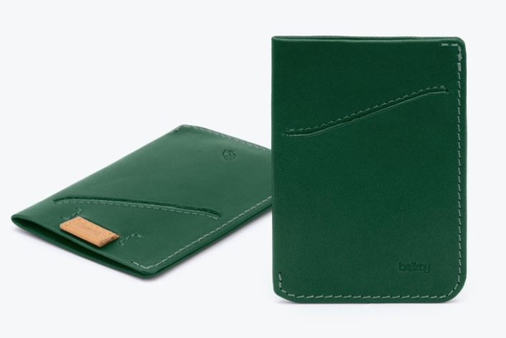 Load image into Gallery viewer, Bellroy Card Sleeve - 'Racing Green'