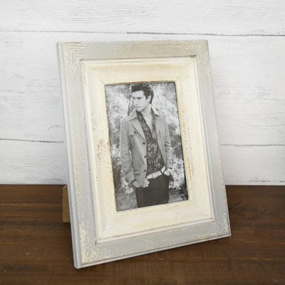 Old White Picture Frame 7x9