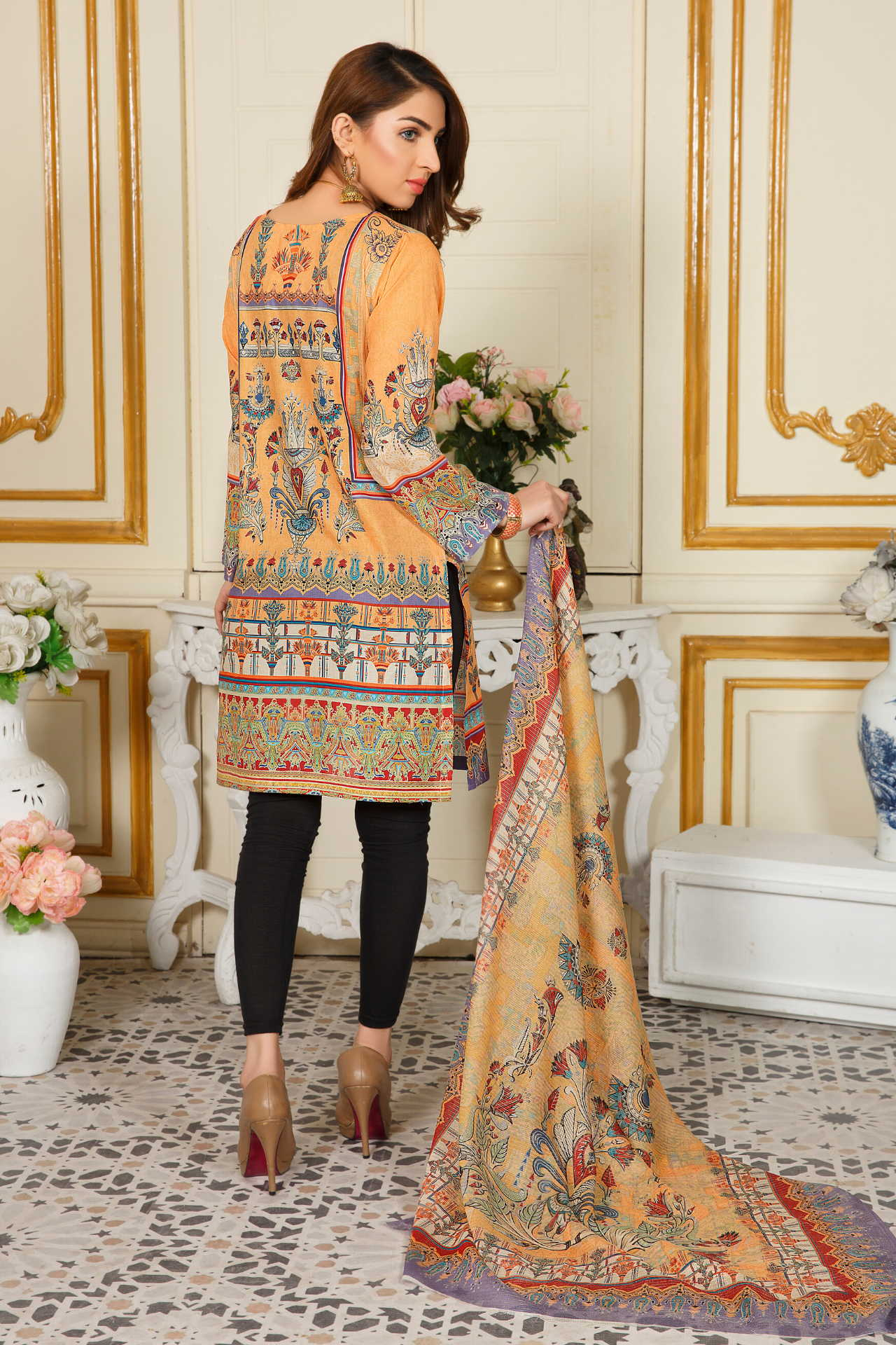 LAWN / UNSTITCHED / 2 PCS SUITS