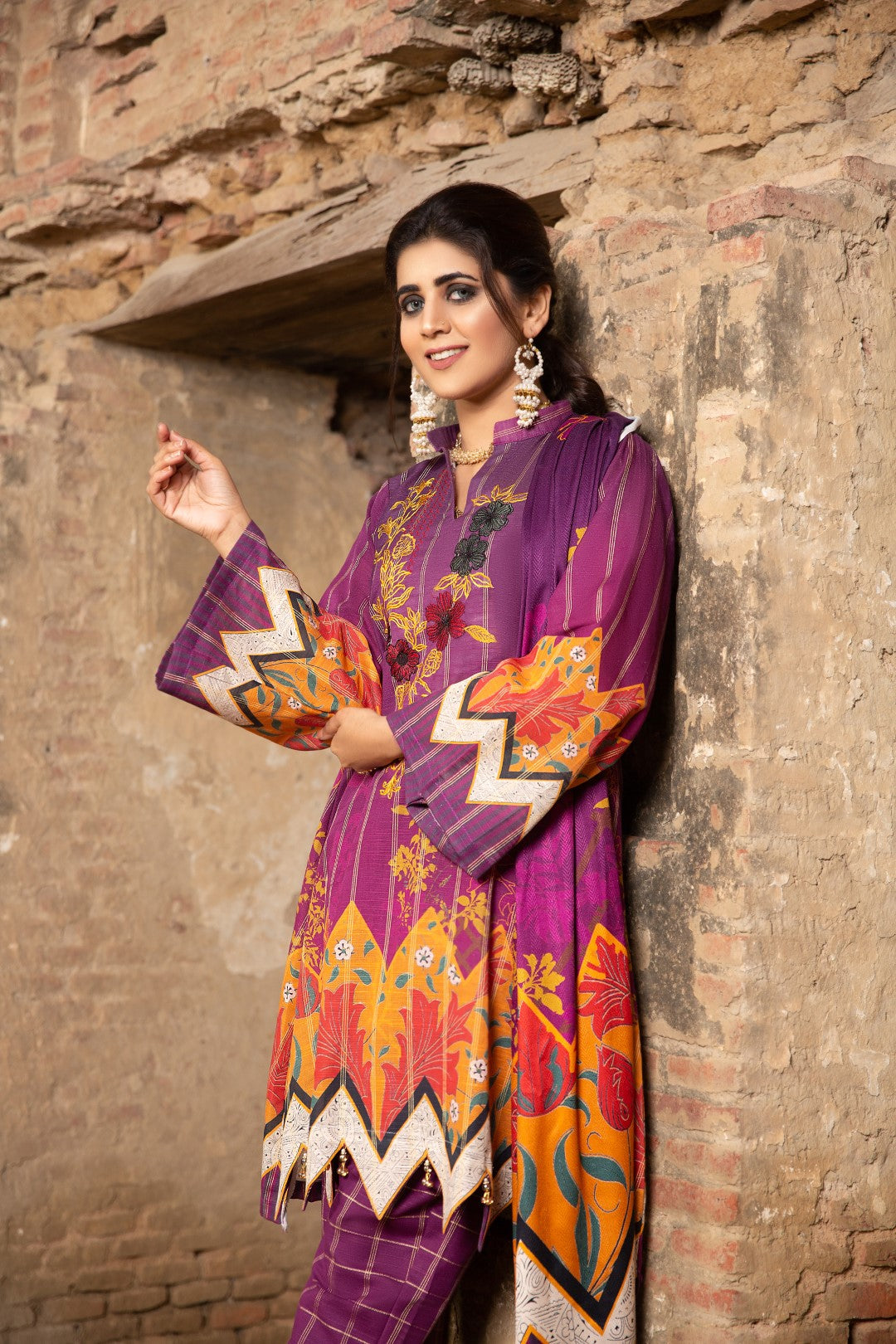 GRIED KHADDAR UNSTITCHED 3 PIECE / SHIRT TROUSAR SHAWL