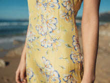 Load image into Gallery viewer, Sophia Soft Yellow Blossom - Chiffon