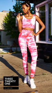 "Tie Dye leggings and top set. One of the season's trending patterns (Sold in ""one size"" and fits a size 0 to 12-14) • Super stretchy, luxurious feel • Seamless set, high waisted leggings • Smooth fit, no padding •Includes both pieces Made in USA  Edit alt text"